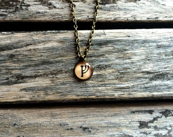 Fehu rune - Fehu necklace - Fehu pendant - Rune pendant - Rune necklace - Runes - Norse jewellery - Viking jewelry - Runic - Rune of wealth