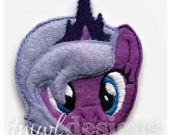 "Lunar Pony Head Feltie Digital Design File - 1.75"""