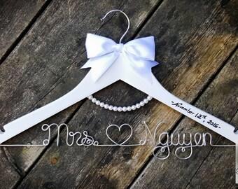 BRIDE Wire Name Hanger - White Bow Wedding Dress Hanger - Pearl Hanger - Wedding Dress - Custom Wire Name - Unique Design Hanger - OOAK