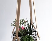 Hanging basket, minimalist hanging planter vegetable tanned nude leather, natural leather including white ceramic bowl (without plants)