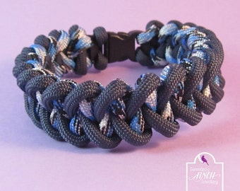Navy Blue Paracord Bracelet, Blue Shark Jaw Bone Paracord Bracelet, Blue Bracelet, UK