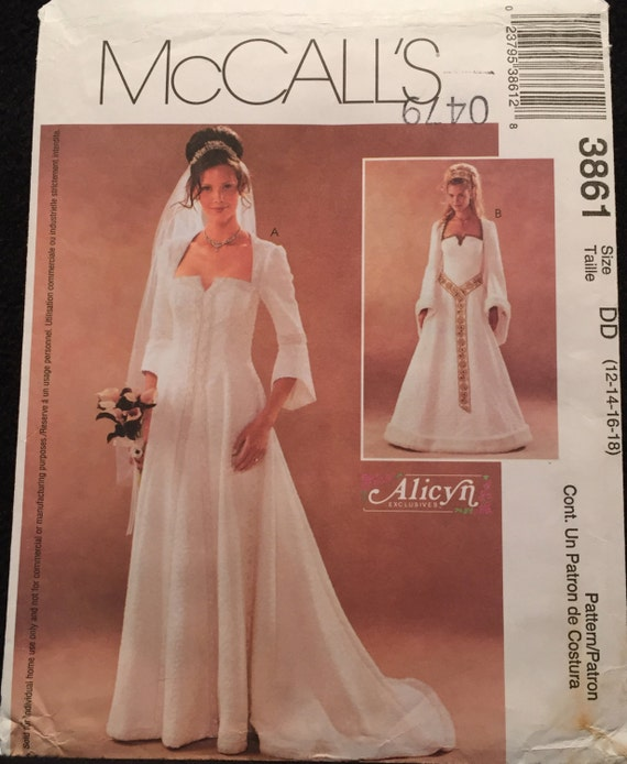 Renaissance Bridal Gown Sewing Pattern Princess Dress: McCall's Enchanting Medieval Wedding Gown Or Costume, Drop