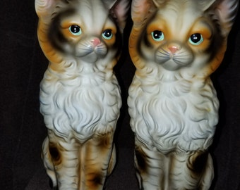 Vintage Set of 2 Siamese Cats