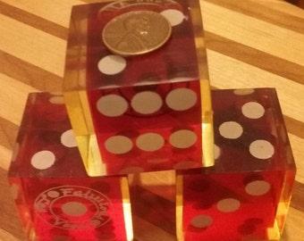 Vintage Fabulous Las Vegas Atlantic City Jumbo dice flo red white numerals