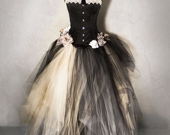 VICTORIAN BLACK wedding gown, vintage wedding dress,  full lenght skirt in soft tulle and organza, victorian prom dress