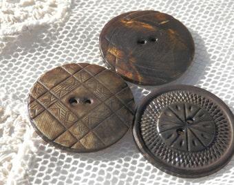 SET  LG Vintage Celluloid Buttons