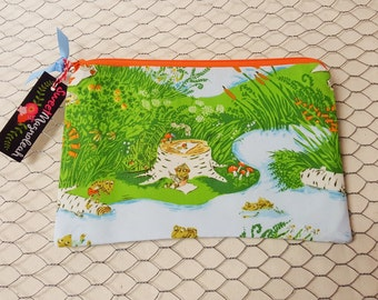 Zipper pouch, ZIpper bag, Pencil case, Frogs