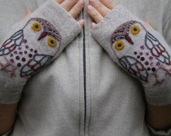 Embroidered gloves, Fingerless mittens, fingerless gloves, wrist warmerers, recycling