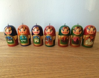 Small Vintage Russian/Matryoshka Dolls