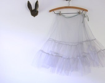 Vintage Petticoat, Gray Petticoat, Vintage Crinoline, Gray Crinoline, Knee Length Petticoat, Crinoline Petticoat, Underskirt, Hoop Skirt