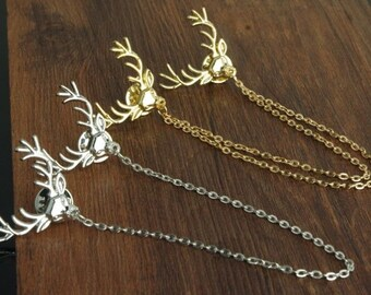 Deer Chain Collar Pin