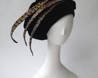 OSCAR de la RENTA black velvet plumed hat / large beret or tam / one size fits most