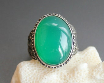 Chrysoprase ring, Sterling silver 925, Handcrafted Ring
