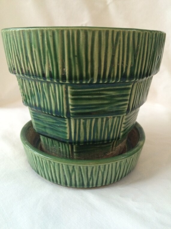 McCoy Vintage Green Medium Basketweave Flower Pot