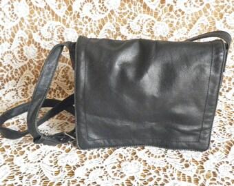 Vintage Lady's Black Leather Shoulder Strap Bag Purse
