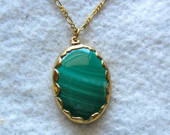 "Malachite Pendant with 20"" chain"