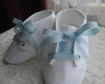 White, Ivory or black irish linen Baby Boy Christening Shoes, Boys Baptism Shoes. Boys Booties. Linen Boy shoes