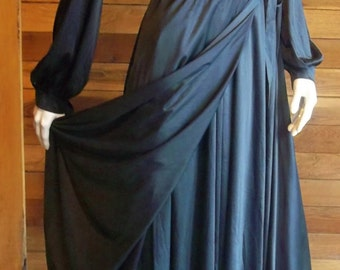Vintage Lingerie 1960s CATTANI Black Sz large Palazzo Nightgown & Matching Robe Set