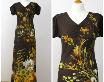 70s Maxi Dress in Brown and Yellow Floral - Boho Festival Hippie Dress - M