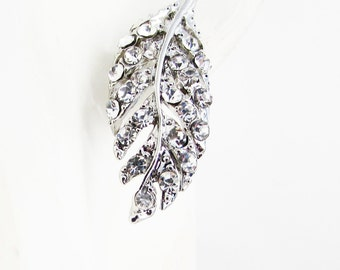 Pretty Silver Leaf Stud Earrings, Leaf Earrings for Bridesmaids, Silver Rhinestone Leaf Design Earrings, Leaf Earrings, Autumn Wedding