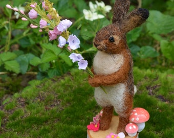 Osterhase Easter Hare one of a kind needle felted sculpture
