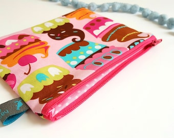 Cosmetic Pouch in cupcake design