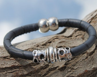 synthetic leather Bracelet with magnetic clasp