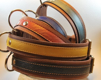 Rouxie leather dog collar, 100% leather, with stitching and a decorative colourfull leather stripe.