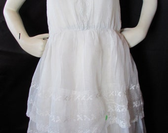 SALE! 1920 Dress Girl's 1920 Fashion Adolsecent Girl Dress White Organdy Dress Lace and Eyelet Dress