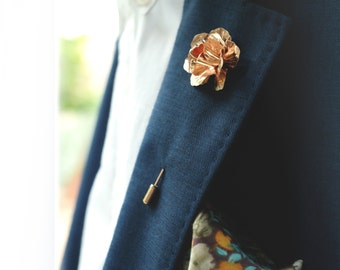 Metal Rose lapel pin - Golden stick pin