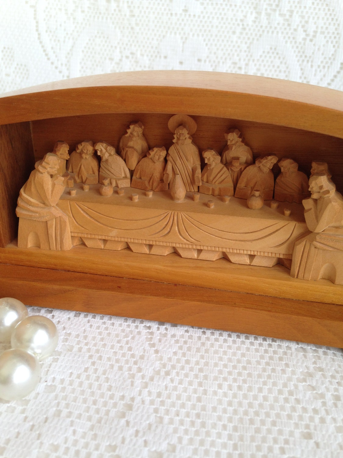 Last supper hand carved olivewood pristine condition by