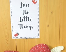 Love the little things-Illustration-Wall decoration-For kids-For baby-Gift-Child's room-Small animals