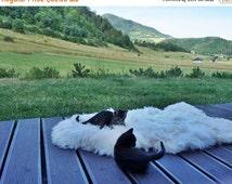 ON SALE Original BIG Xl White Genuine Natural Sheepskin Rug Exclusive rug, Large Sheepskin Cat Bed, Woolen Cat Bed Mat, Pet Cat