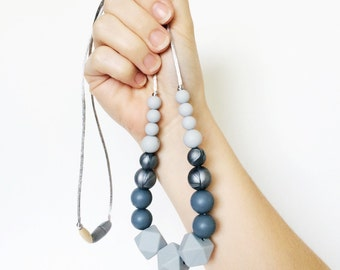 Neutral teething necklace. Grey necklace. Nursing necklace. Silicone teething. Expectant mother. New mom gift. Baby shower gift. Babywearing