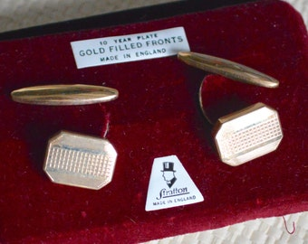 1930s-40s Art Deco Cufflinks Retractable with Chain Links Made in England by Stratton Engine Turned Gold Filled Fronts  Pat 413063 Gift Box.
