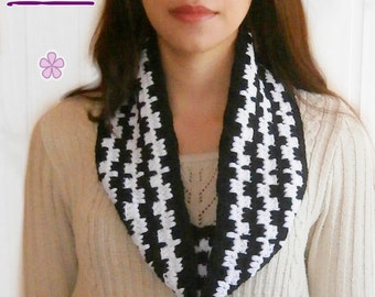 Cowl crochet pattern. Black and white circle scarf. Crochet infinity scarf in two colors PDF pattern _ M29