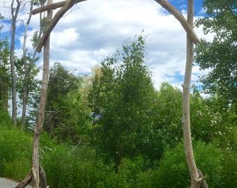 Driftwood wedding arch arbor wedding ceremony arbor for Arche de jardin en bois