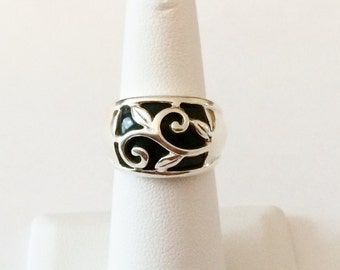 Size 6 Sterling Silver And Black Stone Filigree Ring