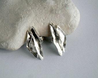 Wild flower earrings , Silver studs , Flower earrings , silver  stud earrings , stud earrings , sterling silver stud  , flower studs