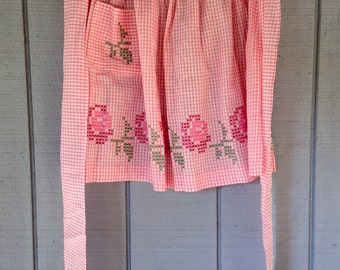 Vintage Apron, Kitchen Half Apron, Pink Gingham Apron with Embroidered flowers