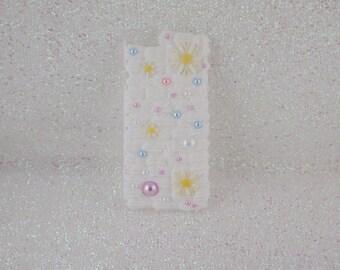 Iphone 6 Case, Iphone 6 Decoden Phone Case, Decoden Phone Case, Decoden Case, Kawaii Case, White Phone Case, Floral Phone Case