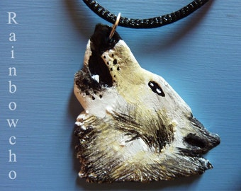 Necklace medium Loup resin