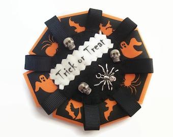 Halloween Accessories, Trick or Treat Rosette, Halloween Badge, Spider Brooch, Halloween Gifts, Gothic, Skulls