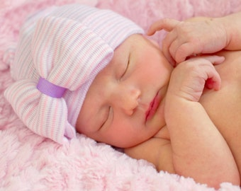 Baby girl gift, newborn hospital hat, coming home outfit, newborn outfit, infant girl hat, baby hospital hat, newborn hat, hospital bow hat