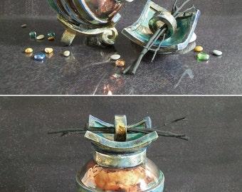 Portacellulare in ceramica raku con organizer ufficio porta - Ciondolo porta ceneri ...