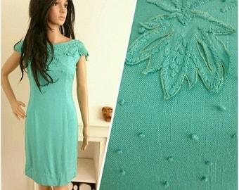 Vintage 1950s Green Embroidered Appliqué Leaf Linen Shift Wiggle Dress 50s / UK 8 / EU 36 / US 4