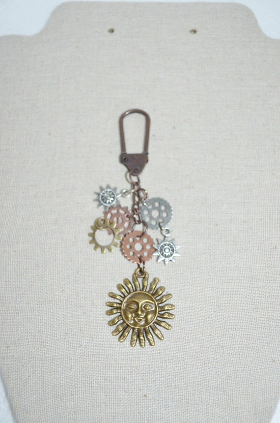 Keychain Swivel Clip Sun, Sun & Cogs Keychain, Sun Accessory Clip, Sun Bag Clip, Gears and Cogs Keychain, Sunshine Keychain Sunshine Clip