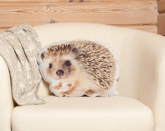 Hedgehog Linen Pillow – Animal Home Decor, Woodland Cushion, 15 x 14