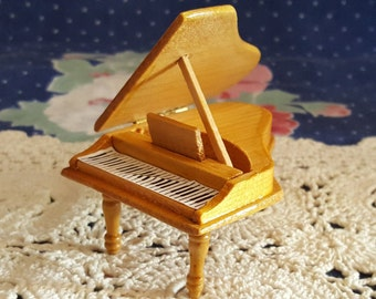 Miniature Dollhouse Blonde Wood Grand Piano