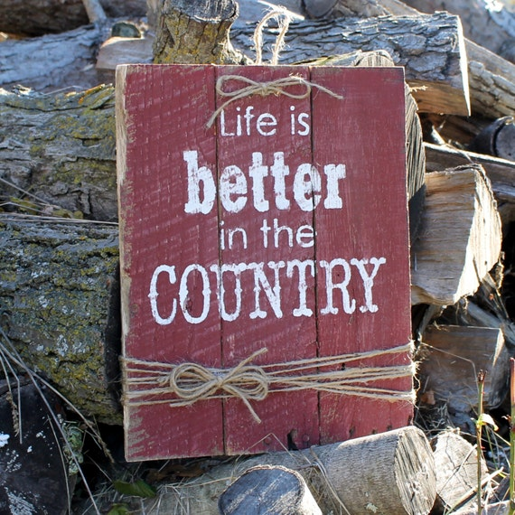 Rustic Wood Decrotive Sign Hand Painted On Reclaimed Pallet